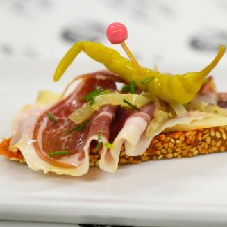 Tapas pan con tomate Mangalica